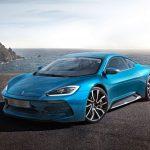 「あの」イズデラがまさかの新車発表!ガルウイング+804馬力のスーパーEV「コメンタドーレGT」