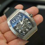 いい腕時計の見分け方を紹介する(4)。「文字盤の凹凸」「ゼンマイの持ち」「スクリュー(ビス)」