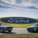 フォードが新旧二台のマスタング「ブリット」をグッドウッドに展示。実際に走行も
