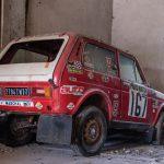 【競売】40年以上生産されるロシアの国民車「ラーダ・ニーヴァ」パリダカ参戦車両が発見される。予想では1100万円