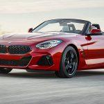 新型BMW Z4登場。エンジンは340馬力の直6ターボ、0-100km/h加速は4.6秒。ポルシェ・ケイマンSと真っ向勝負