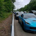 アメリカにて、高速を走るスーパーカー10台が「遅すぎて」逮捕。なお日本の高速道路では最低速度50km/h