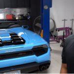 【動画】ランボルギーニ・ウラカンのオイル交換はこうする!オイル交換一回230万円のヴェイロンと同じくらい手間がかかる!