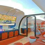 パガーニと仏エアバス社がコラボしプライベートジェットを開発。機体上部はなんと「シースルー」