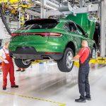 新型ポルシェ・マカンが生産開始。なおこれまで生産したマカンの1/3近くは中国へと出荷
