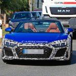 新型アウディR8がテスト中。ウラカンのフェイスリフトモデルとそっくりのデザインへ