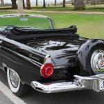 【競売】マリリン・モンローが死の数ヶ月前まで乗っていたフォード・サンダーバード。予想落札価格は5700万円
