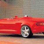 こんなコンセプトカーもあった。ロードスターベースで一人乗り、ターボ付き。「マツダ・モノポスト(2000)」