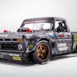 """ケン・ブロックが70年代のトラックにフォードGTのエンジンをスワップ。914馬力の""""ハイパートラック""""に"""