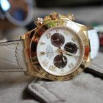 いい腕時計の見分け方を紹介する(2)。「プッシュボタン/リューズ」「針の仕上げ」「文字盤のインデックス」
