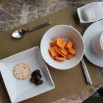 シンガポールで食べたもの。クラブレストラン「Club55」のイブニングカクテルはこんな感じ