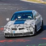 新型BMW M3がテスト中。出力は500馬力に達し、ニュルのランキング上位に食い込む?