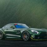 ドイツのチューナーがオーバーフェンダー+フルエアロ、「グリーンヘルの獣」と題されたAMG GTを公開