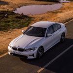 ハイブリッド版BMW 3シリーズ「330e」発表。モーターはブースト機能付き、走りを意識したPHEV