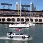 【動画】アメリカ人のデロリアン好きは異常!ホバークラフトに改造し水上を走行する男が現る