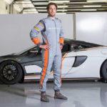 マクラーレンが10%軽い新型レーシングスーツ発売。「ジッパーは薄く、ステッチは細く、縫い目も減らした」