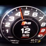 【動画】新型アウディR8の加速は強烈そのもの。たった2速で時速100kmに達する様子を見てみよう