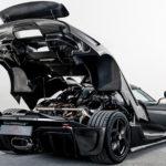 また凄いの出てきたな・・・。ケーニグセグが樹脂を使わないカーボン外装を開発。「普通のカーボンより20キロ軽くなった」