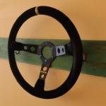 """ランボルギーニ・ウラカンを格納しているガレージに""""飾り""""としてMOMO製ステアリングホイール装着。タオルでも掛けてみるか"""