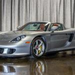 当時完売しなかったポルシェ・カレラGTも今となっては新車価格の3倍以上。走行111キロの個体が1.8億円