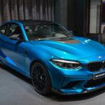 BMWアブダビが「ほぼフルオプション」のM2コンペティションを公開。総額一体いくら?