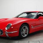 【競売】第5世代のシボレー・コルベットを「初代」コルベット風にカスタムした車両。なんと合計で200台も製造されていたことが判明