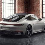 ポルシェが新型911のカスタム例を公開。これまでにない選択肢が追加された反面、ホイホイ選ぶと「とんでもない額」になりそう