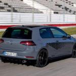 VWがゴルフGTI最強モデル「TCR」の詳細画像を公開。専用エアロ、そしてクーリングやブレーキも強化され専用ボディカラーも