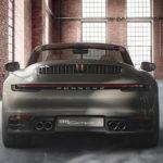 ポルシェ自身による「公式カスタム」911カレラSカブリオレが公開に。グリーン外装にブラウン内装、トリムはウッドのシックな仕様