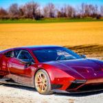 「デ・トマソ・パンテーラ」復刻版「アレス・パンサー」がついに生産へ。7800万円、650馬力、リトラクタブルヘッドライト、そして中身はランボルギーニ