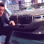 【動画】BMW「なぜ7シリーズのキドニーグリルが大きのかって?それにはこういったワケがある」デザイナーが語ったその理由に納得