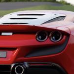 【動画】フェラーリが公式にてF8トリブートの機能紹介動画を公開。車両制御ソフトは488ピスタよりも新しく、「ドリフト許容」の設定に