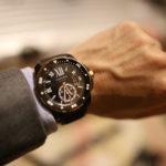 """女性は""""いい腕時計""""をしている男性を見ると「仕事ができる」「好感度が上がる」と感じるらしいぞ!"""