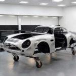 アストンマーティンが「8.8億円の限定モデル」DB4 GTザガートの生産を開始した、と発表。ボディパネルは職人が「叩いて形を出す」ために数百時間が必要