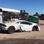 【動画】クラッシュして不動となったランボルギーニ・ウラカンをユーチューバーが格安でゲット。修理し乗り出すまでの道のりを記録し公開
