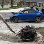 スバルWRX STIのエンジン、トランスミッション、排気系がぶっ飛んでゆく大事故。ドライバーは車外に投げ出されるも命に別状はなし