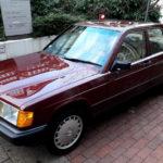 まさかの未登録!「ベンツがベンツらしかった」時代の名車、190Eの新車が発掘される。なお日本ではバブル期に「小ベンツ」と言われたあのクルマ