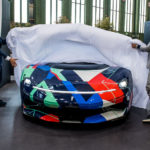 ピニンファリーナ・バッティスタがアートカーに!ダ・ヴィンチ没後500年を記念しロズベルグ、ハイドフェルドという二名の元F1ドライバーがアンヴェール