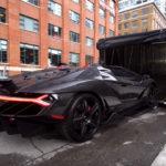 ランボルギーニ・チェンテナリオのオーナーへディアブロを納車。オーナーが経営するストリート系アイテムショップを見てみよう