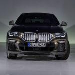 新型BMW X6発表!キドニーグリルは「大きく」なっただけではなく、なんと「光る」!車体サイズ、エンジン出力も大きくなり、より高級、より訴求力が強く