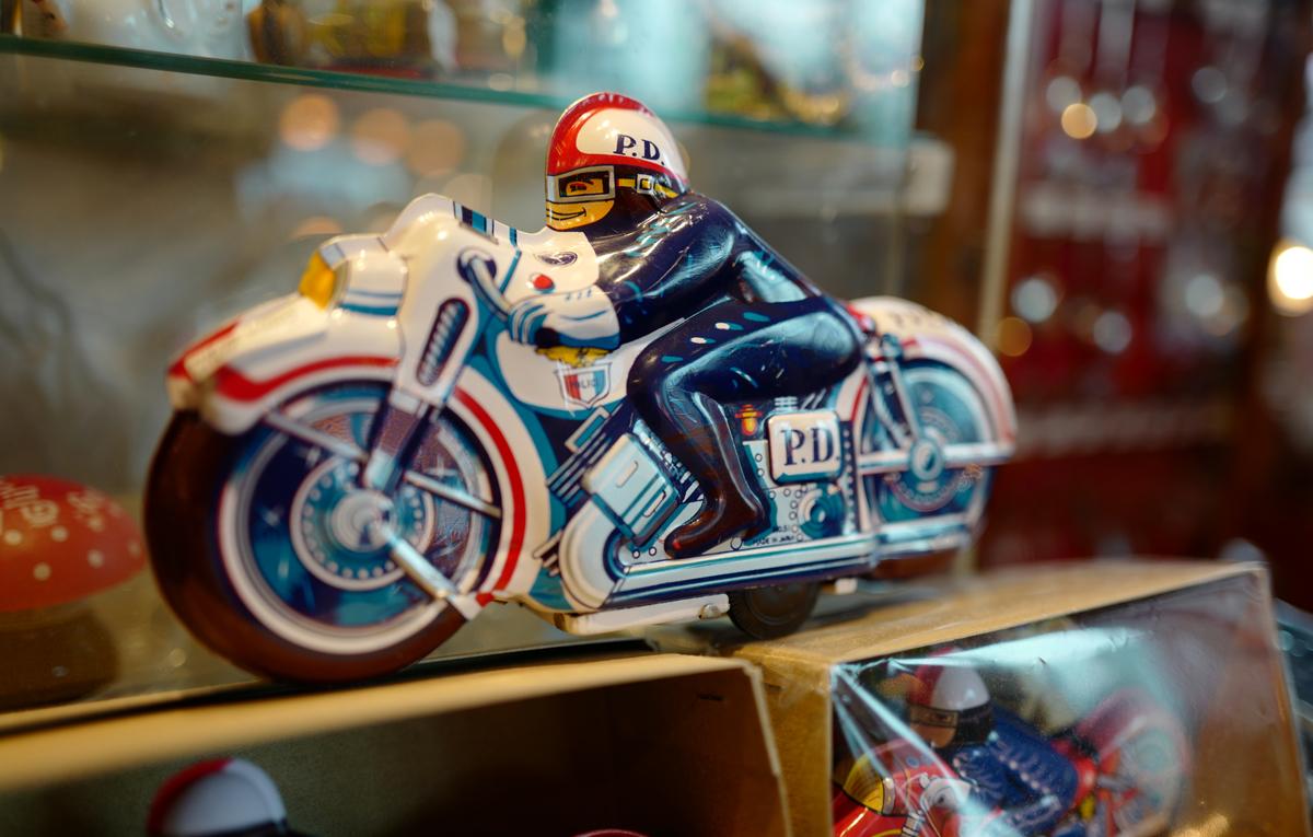 ブリキのおもちゃ(バイク)