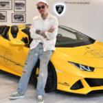 ランボルギーニがウラカン、アヴェンタドールの「アートカー」を製作。ウラカンを手掛けるのはセレブを顧客に持つタトゥーアーティスト