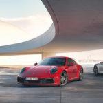 ポルシェが新型「911カレラ4」「911カレラ4カブリオレ」発表!0-100km/h加速はクーペより0.2秒速い俊足4WD。これで新型911は8車種に拡大