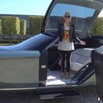 """【動画】ロールスロイスEX103、4年ぶりにロールス本社へ。スーパーカーブロンディさんが""""2035年のロールス""""をレポート"""