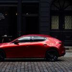 マツダが新型エンジン搭載のマツダ3発売!価格は320万円~、VWゴルフの259万円を超え、メルセデスAクラス/BMW 1シリーズの334万円に迫る。果たして売れるのか?