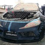 トヨタGRスープラのオープンモデル?しかもカラーリングは「ワイルド・スピードでブライアンが乗った80スープラ」なカスタムカー製作中