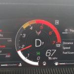 【動画】新型コルベットには「強制慣らし運転」モードがある?500マイル走行を境にレッドゾーンが切り替わるようだ