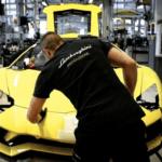 ボクのウラカンEVO RWDは生産できるん?ランボルギーニがコロナの影響で「まず二週間、工場を閉鎖する」と発表