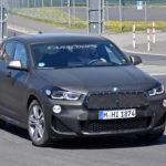 """BMWはどうしてもグリルを大きくしたい!早くもX2の""""巨大グリル装備""""フェイスリフト版試作車が走行中"""