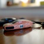 ポルシェ718ケイマンのキーカバーを変更!「あの」ピンクピッグ仕様だッ!